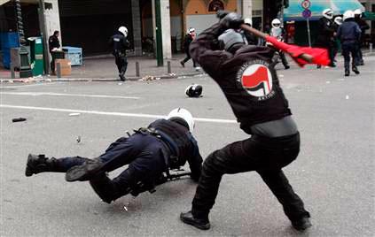 antifa-polizei.jpg